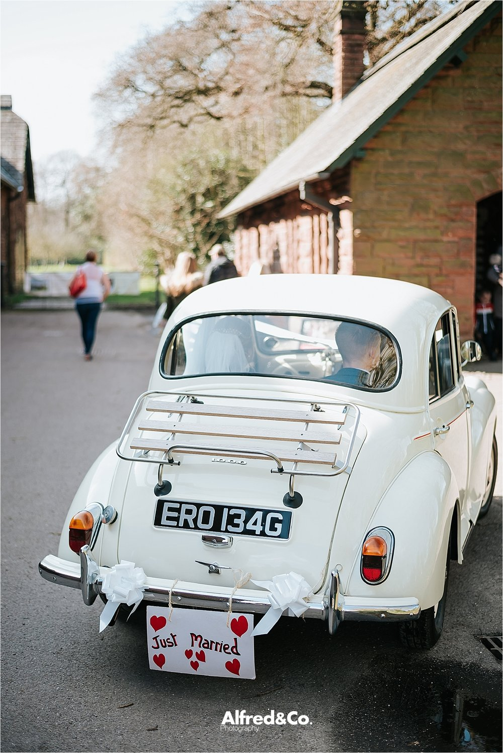 just married vintage wedding beetle