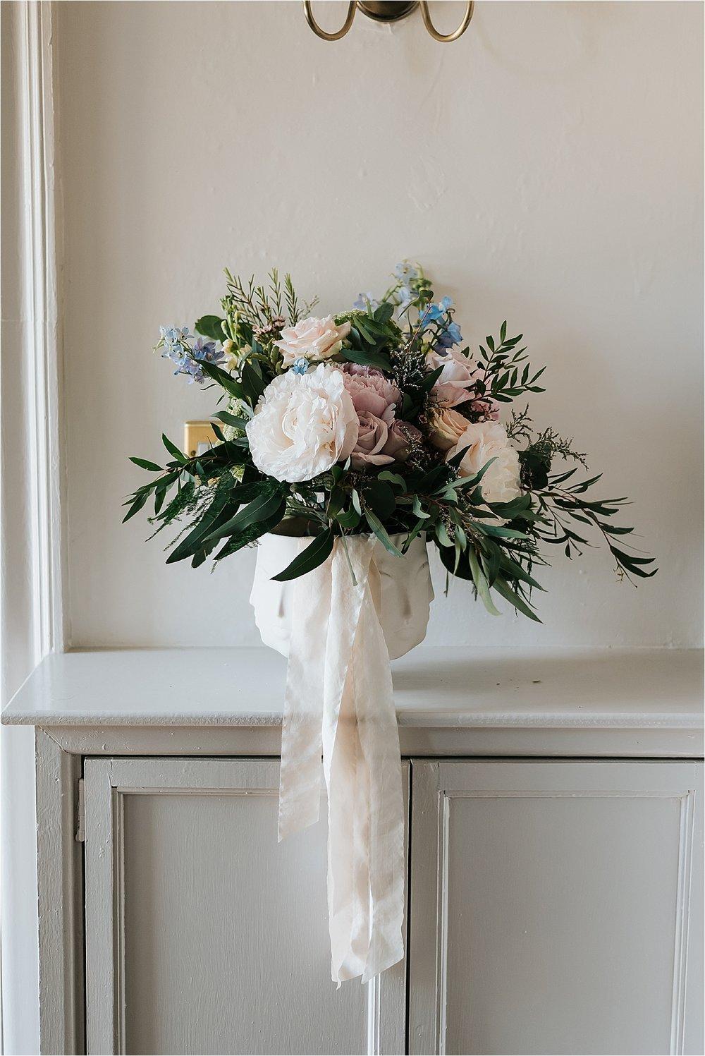 Boho wild wedding flowers