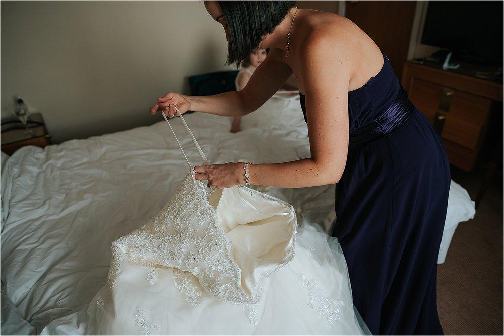 lancashire+wedding+photographer+bolton+documentary_0017.jpg