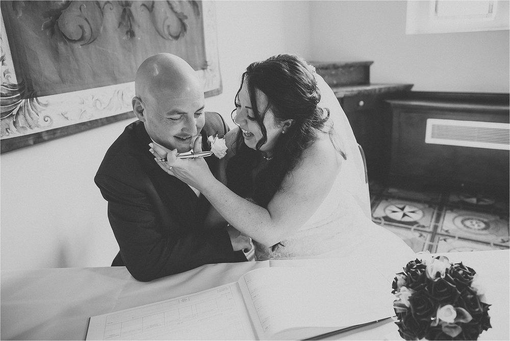 lancashire+wedding+photographer+bolton+documentary_0067.jpg