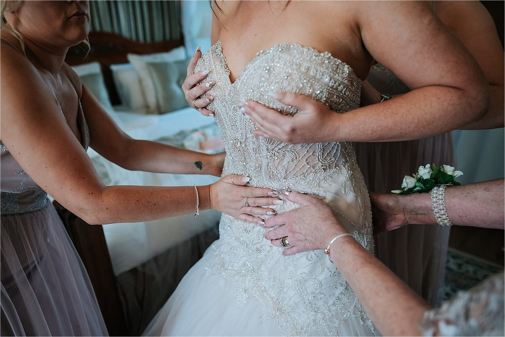 West+tower+wedding+photographer+lancashire+documentary+relaxed_0014.jpg