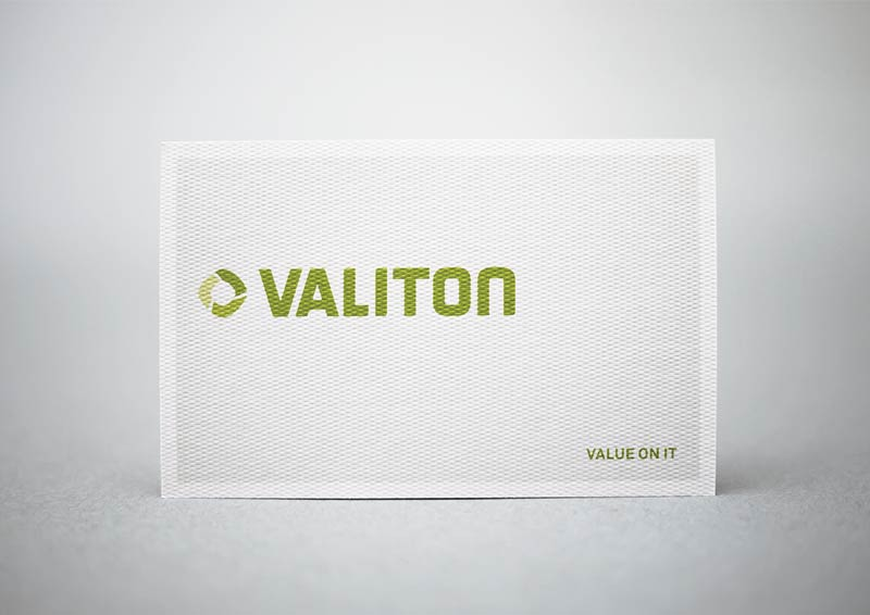 Are-We-Designer-01-Valiton_800px_72dpi_RGB.jpg