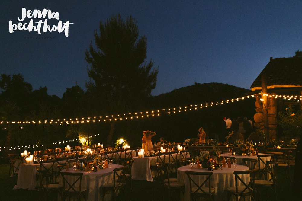 Mt Woodson Castle Wedding DJ dinner.jpg