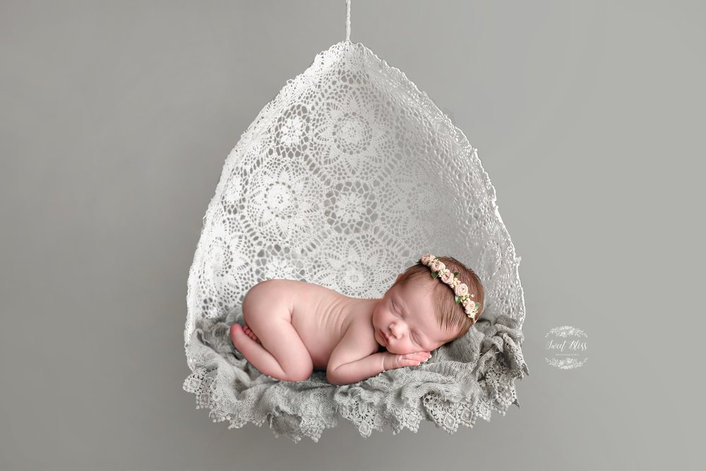 doily_baltimorenewborn_sweetblissphotography2.jpg