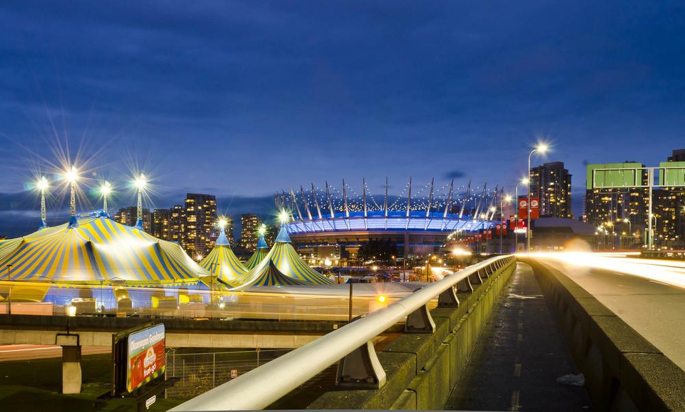 Cirque-du-Soleil-Vancouver-Brett-Ryan-Studios-Weekly-Snapshot-13-03-15-3.jpg