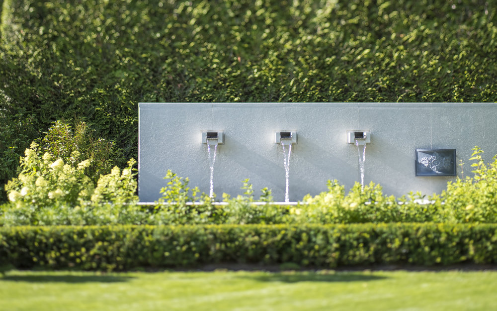 BRS-Laurier-Private-Residence-Paul-Sengha-Landscape-Architecture-Vancouver-Landscape-Architectural-Photography-Brett-Ryan-Studios-Water-Feature-Detail-013