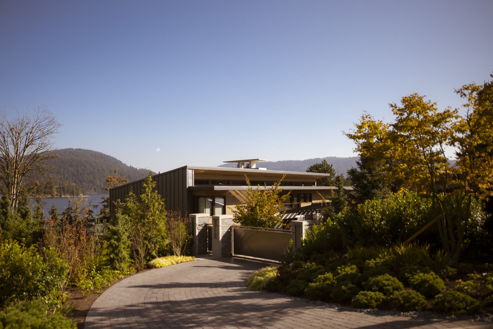 BRS-Coves-End-Paul-Sangha-Landscape-Architecture-Vancouver-Photography-Brett-Ryan-Studios-Residential-Overall