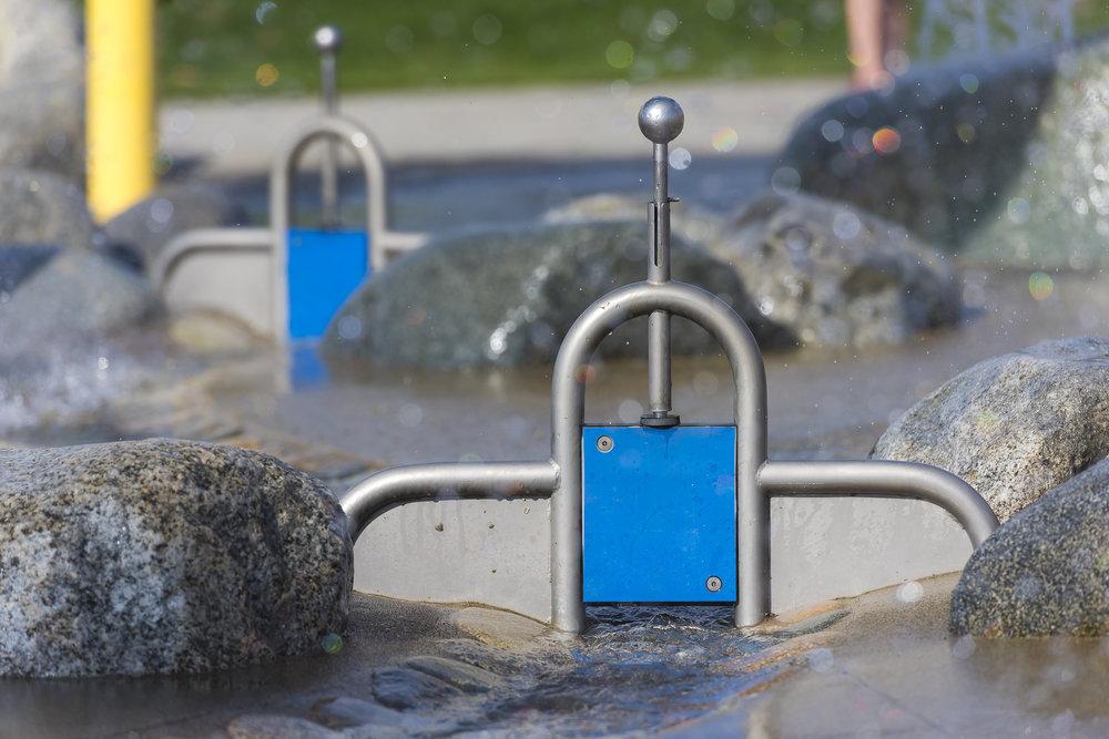 Splash park water stop detail