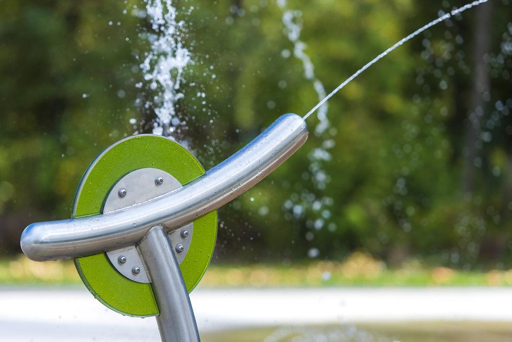 Cameron splash park water spray guns