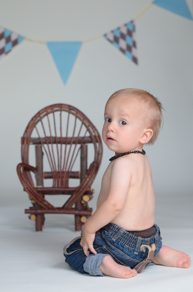 Bryson 1 yr old lr for web-14.jpg