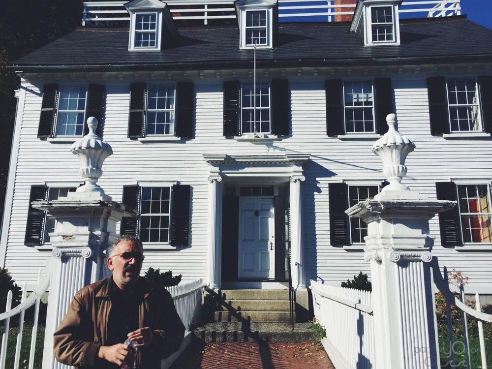 "The Ropes Mansion, a house in Salem, MA that was used in the film ""Hocus Pocus"""
