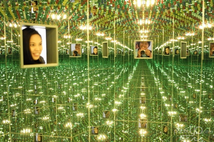 Seattle Art Museum - Yayoi Kusama - Infinity Mirror - 00.JPG
