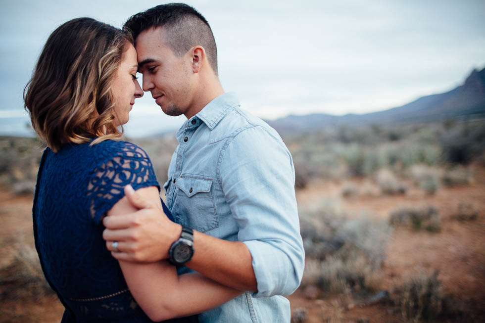 Red rock canyon engagement photographer