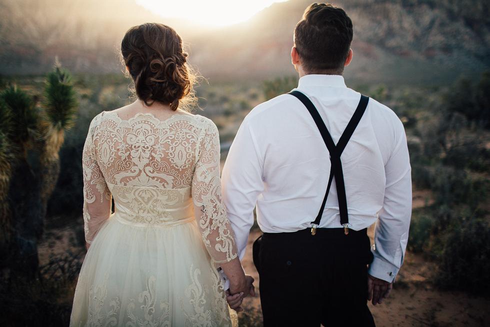 Emily & Matt Red rock canyon engagement-1005.jpg
