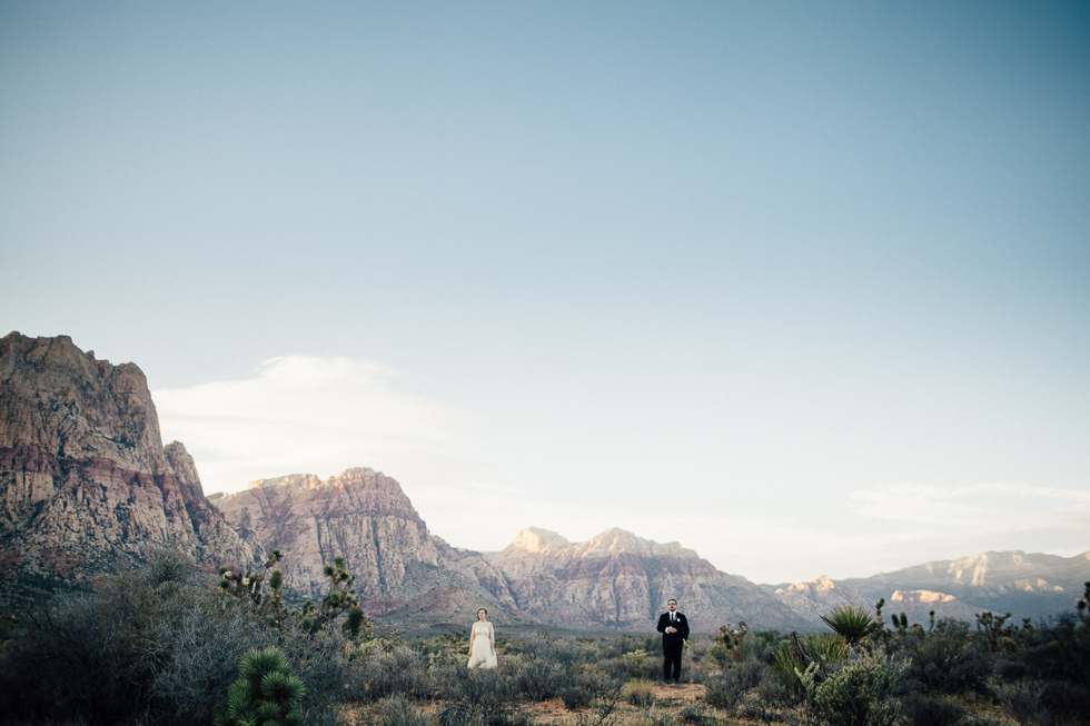 Emily & Matt Red rock canyon engagement-1030.jpg