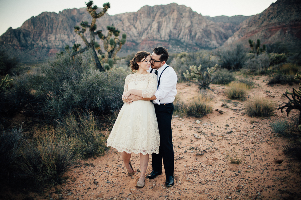 Emily & Matt Red rock canyon engagement-1049.jpg
