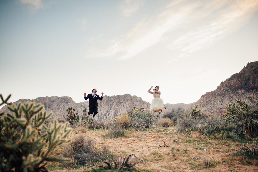 Emily & Matt Red rock canyon engagement 2-1000.jpg