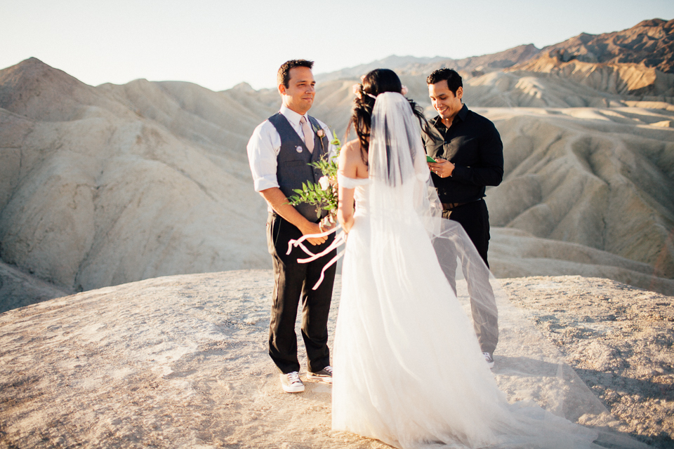 Death valley elopement-1046.jpg