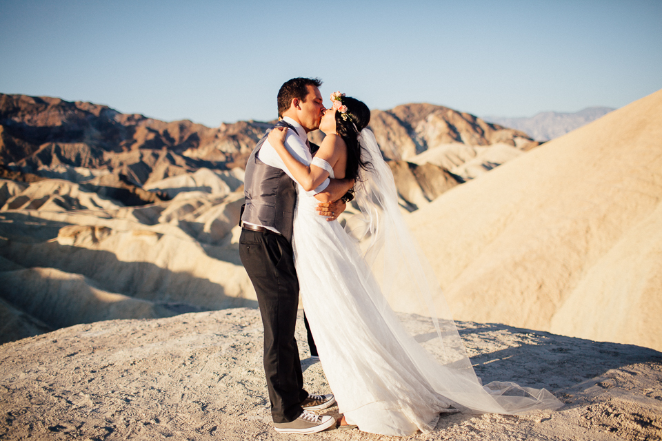 Death valley elopement-1064.jpg