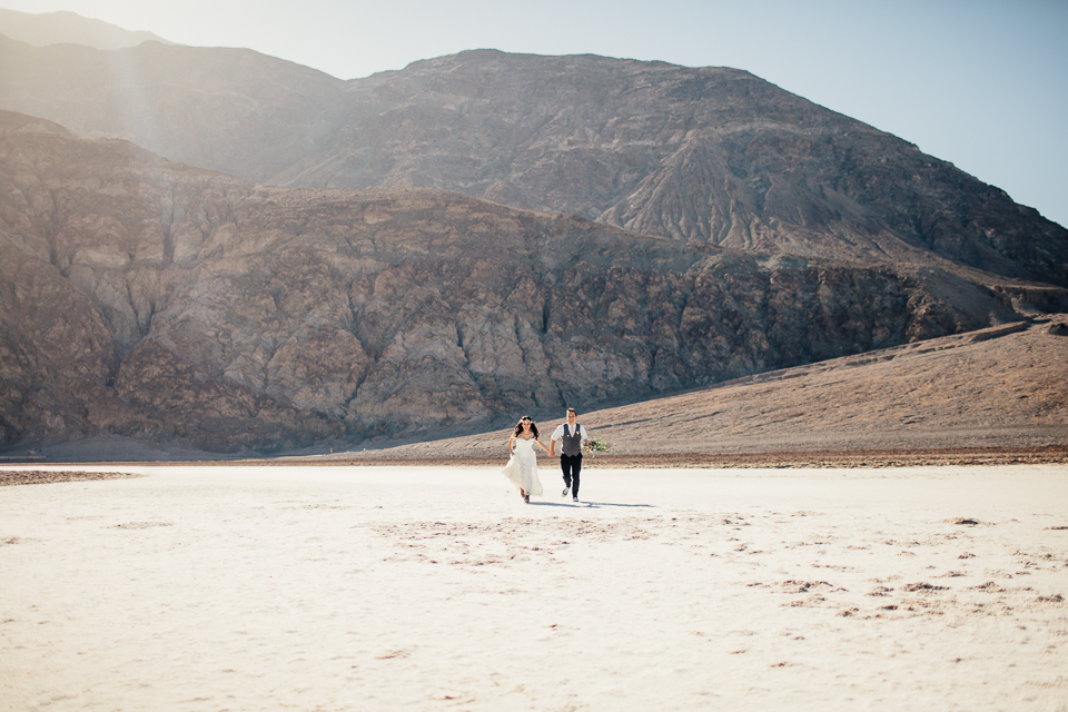 Death valley elopement-1116.jpg