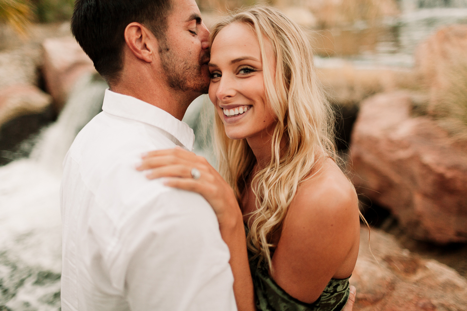 las vegas engagement photographers | Amanda + David