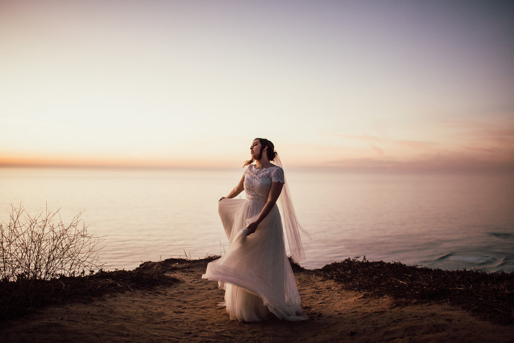 La Jolla elopement photographer