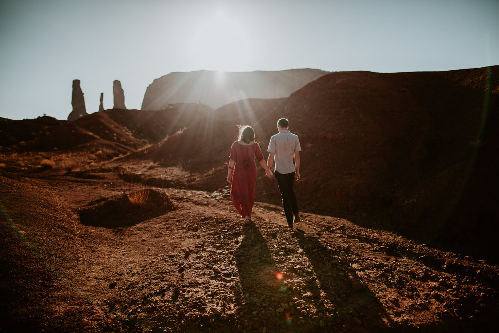 Monument Valley engagement photography-0006.jpg