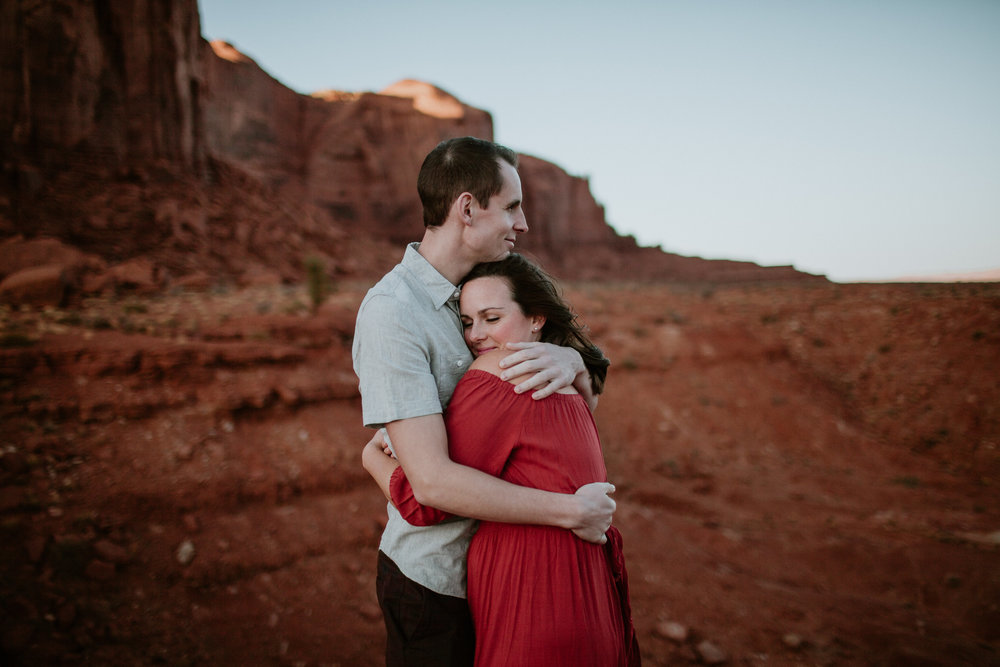 Monument Valley engagement photography-0027.jpg