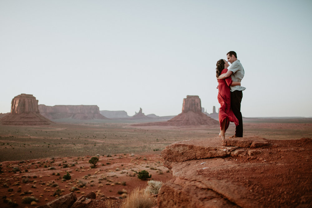 Monument Valley engagement photography-0048.jpg