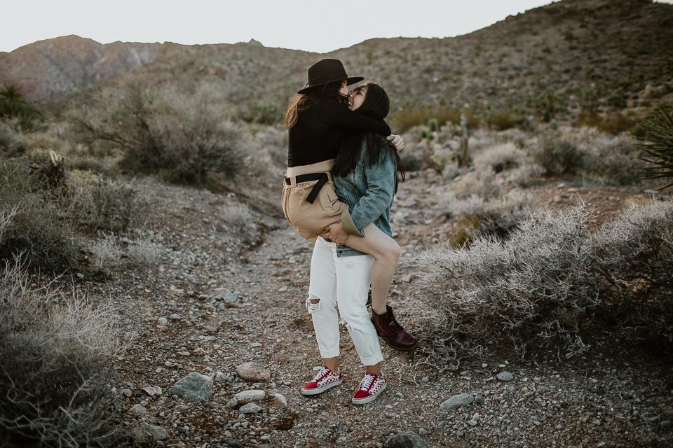 lesbian desert engagement session-1039.jpg