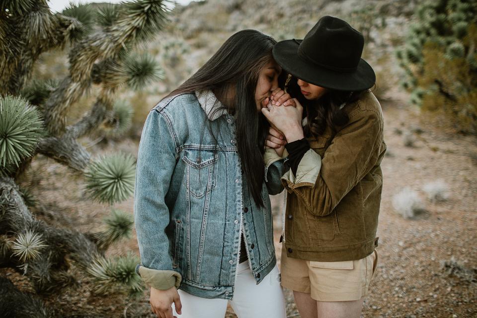 lesbian desert engagement session-1052.jpg