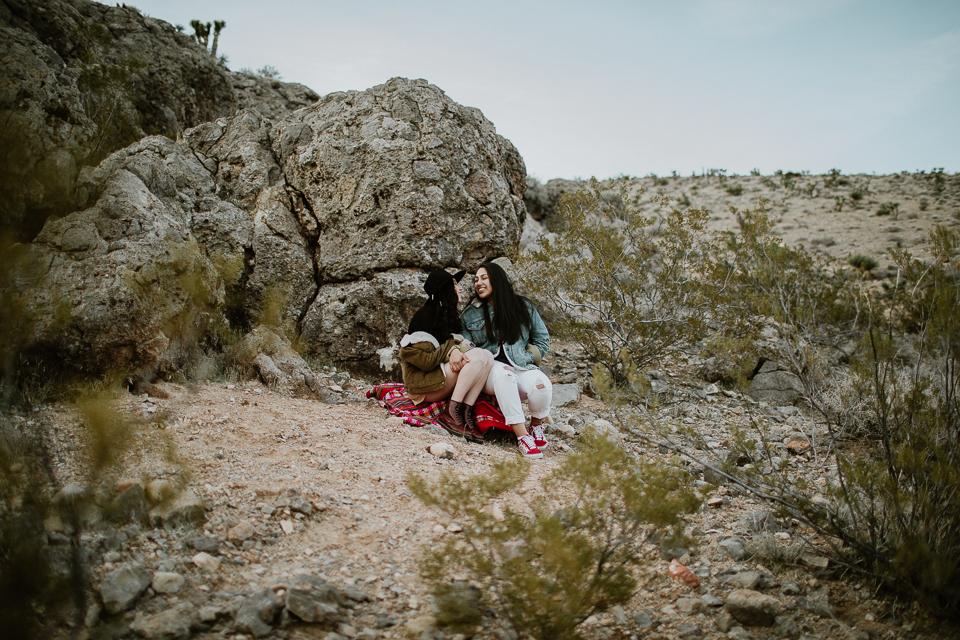 lesbian desert engagement session-1059.jpg
