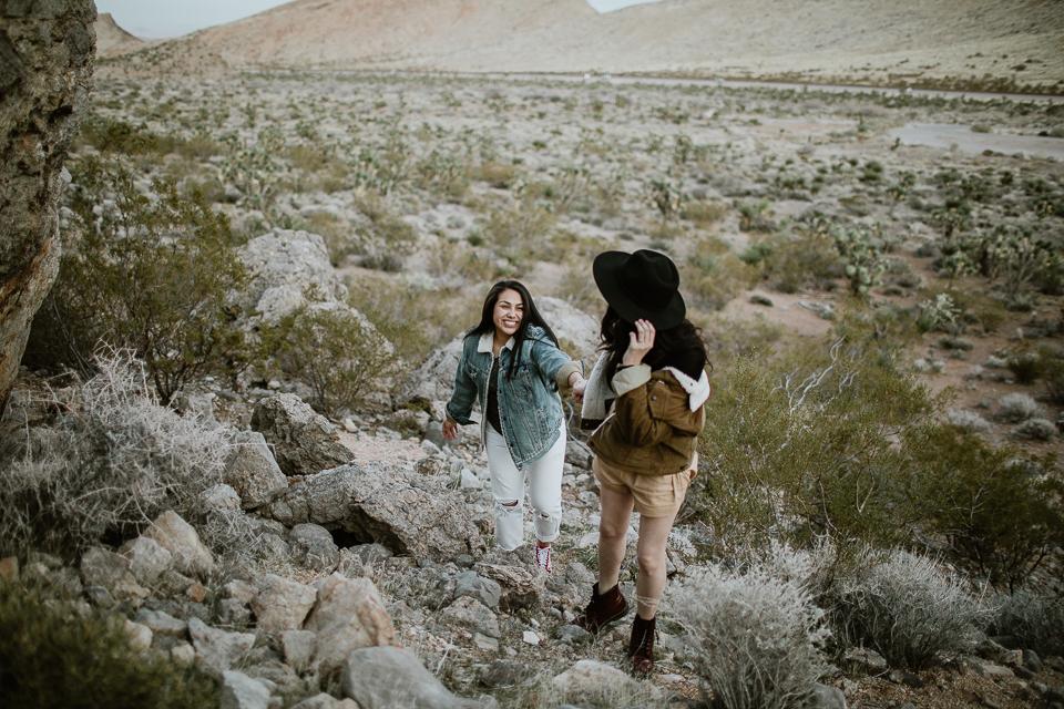 lesbian desert engagement session-1064.jpg