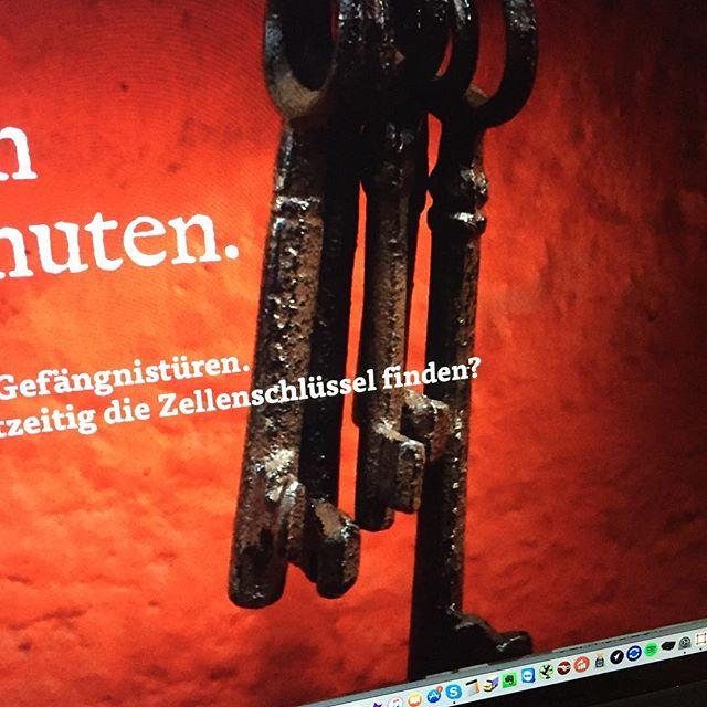 Manchmal muss man für Projekte hinter Gitter... ➔ www.jailbreak-freiburg.de  #neueseite #webdesign #jailbreak #freiburg