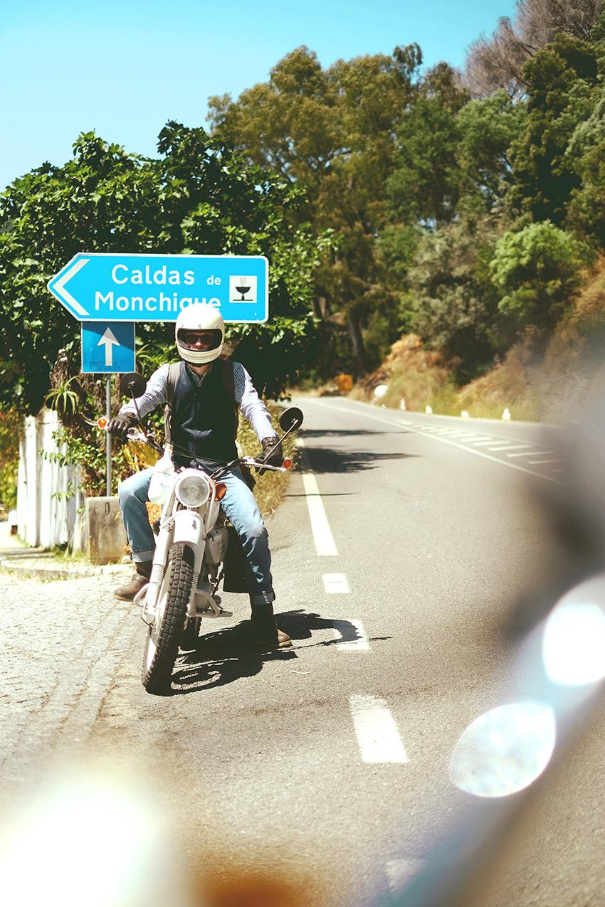 Auf dem Weg von der Serra nach Silves machten wir einen Zwischenstop bei den Caldas de Monchique.