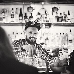 Roger Breitenegger   Gin Sul , vorher  25hours Monkey Bar , Berlin