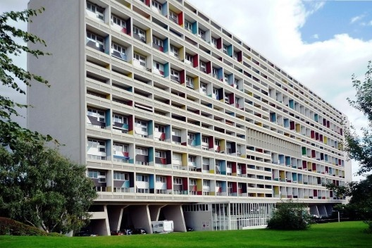 Unité d'Habitation, Berlim. Construída para a International Exhibition (Interbau) de 1957. Arquiteto Le Corbusier Foto Manfred Brückels [Wikimedia Commons]