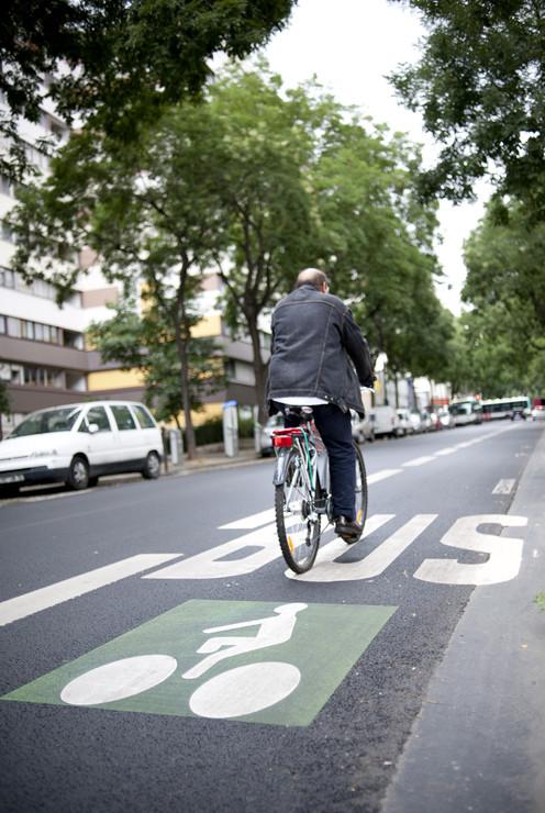 Compartilhamento de via ônibus e bicicleta - Paris