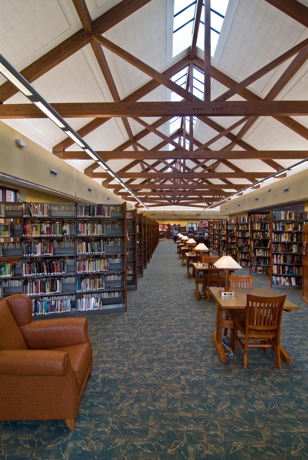 Brecksville_Public Library05.JPG
