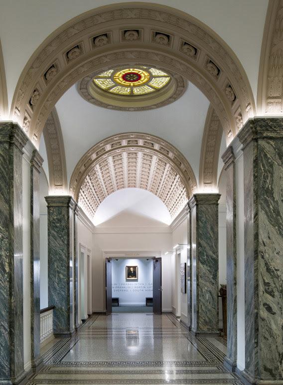 Columbus Metropolitan Library Main - interior