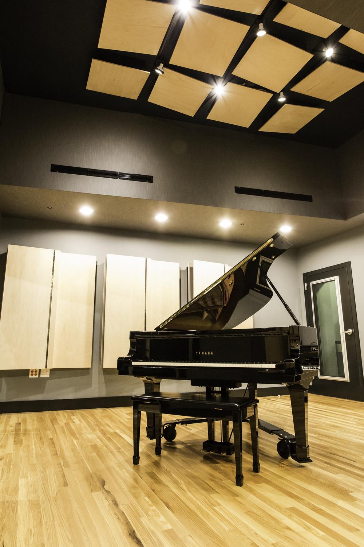 Lake House Studios-60.jpg