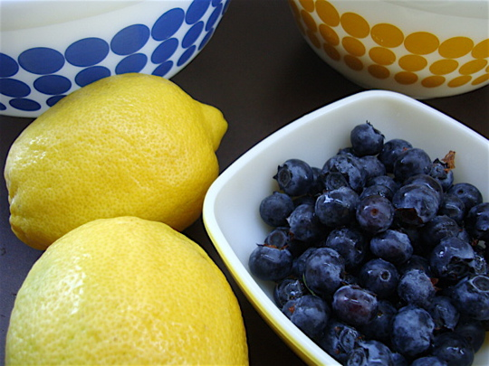 lemons-and-blueberries