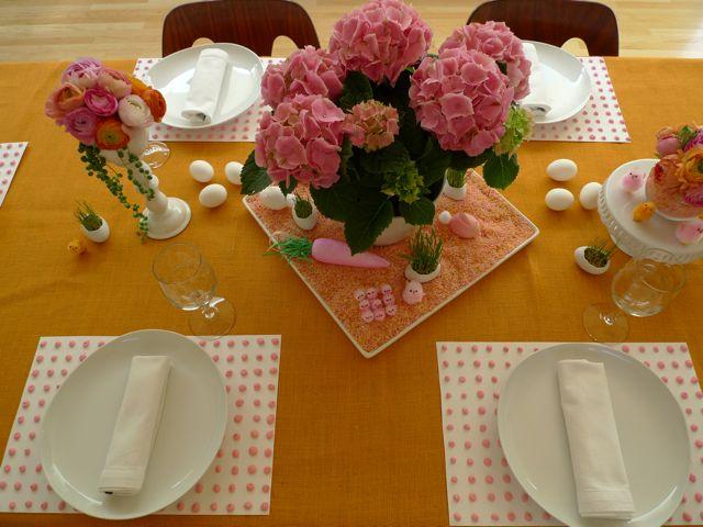 easter-dinner-table.jpeg
