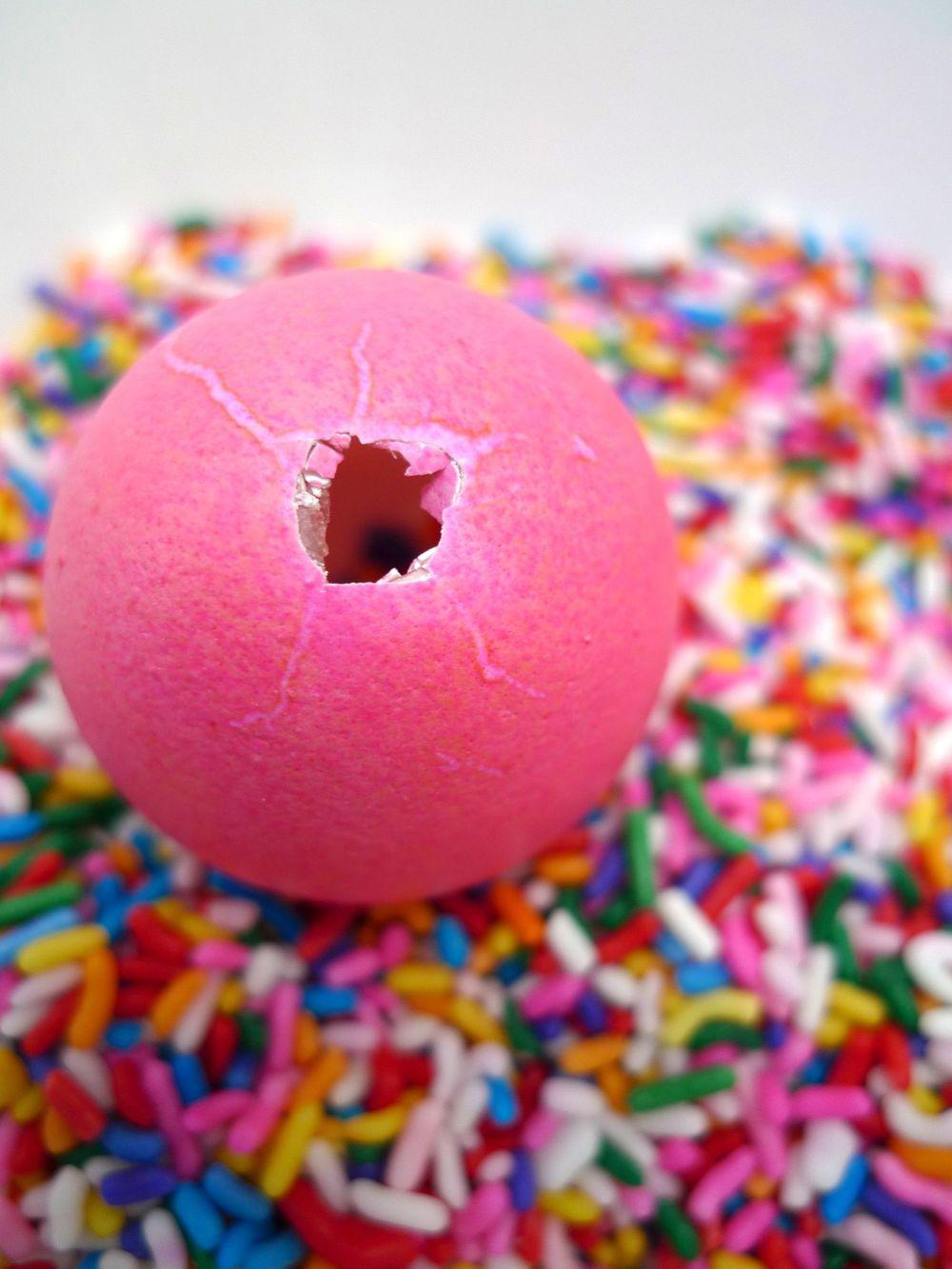 egg confetti 2.jpg