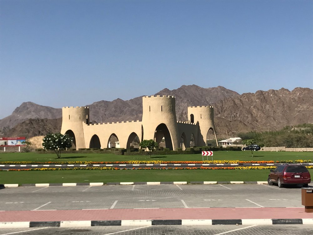 AREA: NEAR HATTA-OMAN BORDER