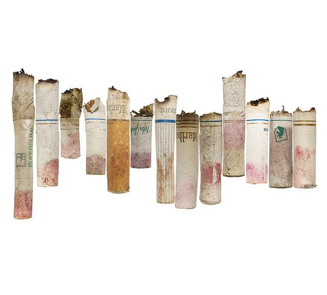 lensblr-network: Lipstick cigarettes by Jes Cervoni (jescervoniphoto.tumblr.com)