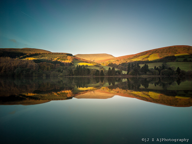 lensblr-network: Talybont Reservoir Reflections as the sun climbs over the hills behind me by jzaphotography.tumblr.com