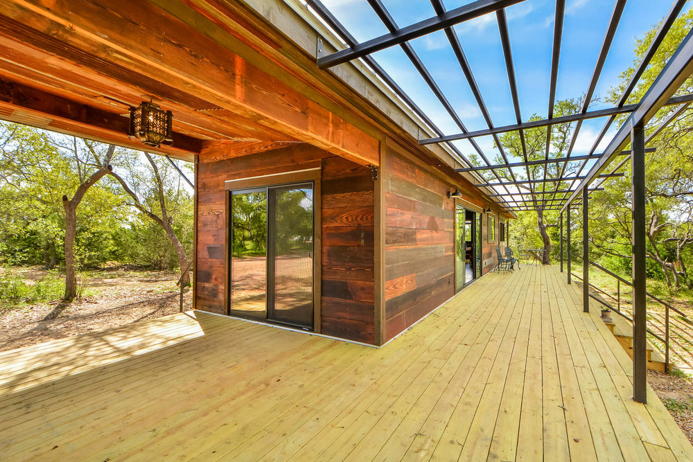 Reclaimed Space Builds Sustainable, Modular Living Spaces From 100 Year Old  Barn Wood And Corrugated Metal. We Procure Our Barn Wood And Metal From  Historic ...