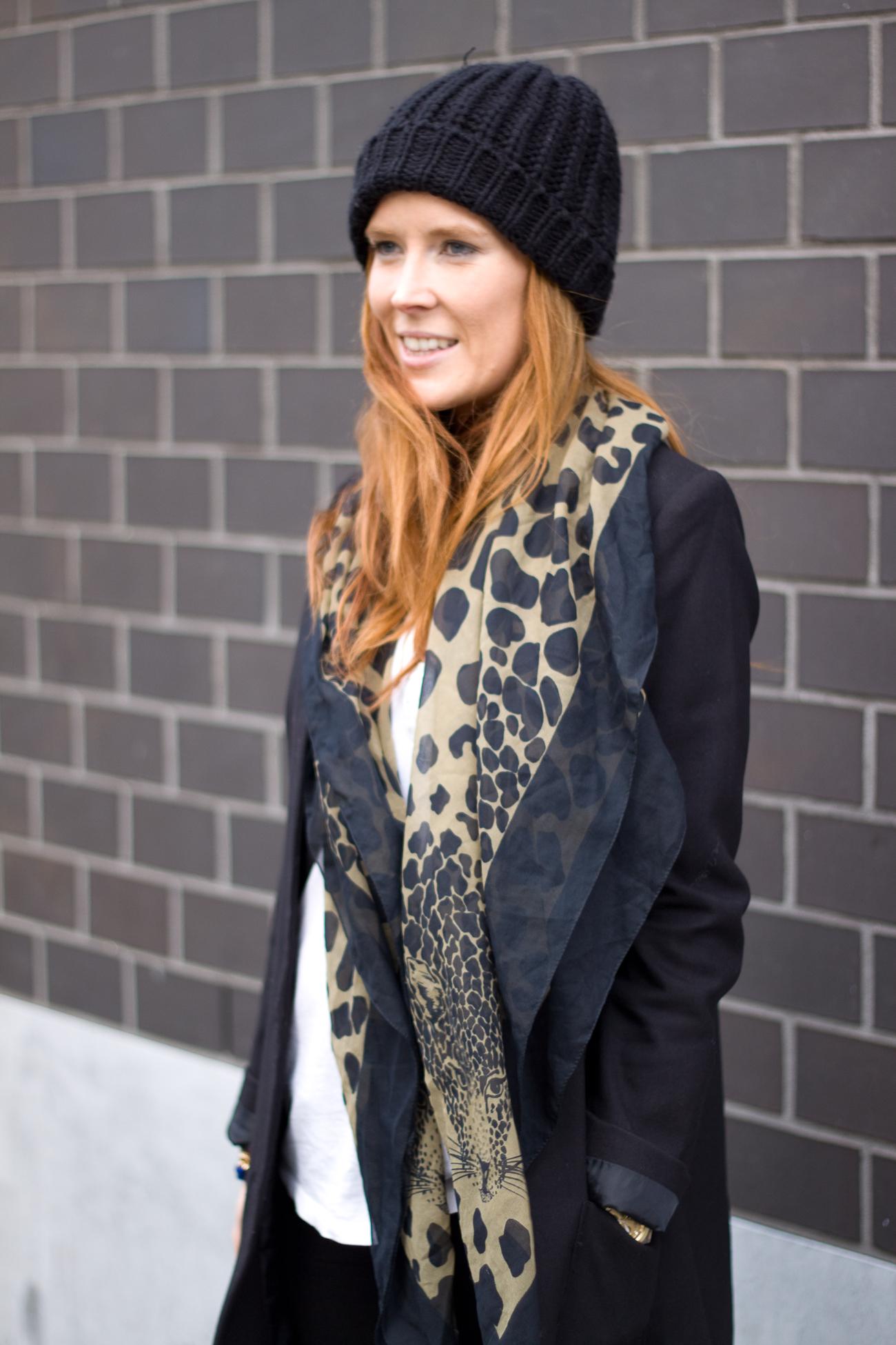 leo scarf