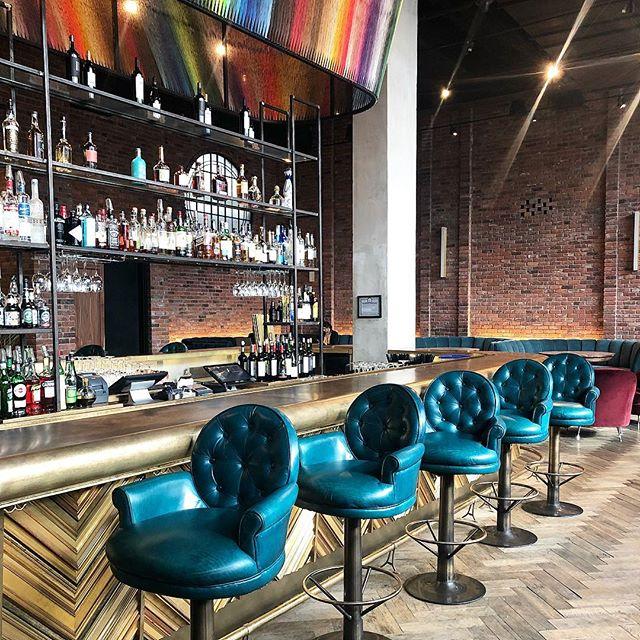 The gorgeous bar at the @wburghotel 🍸🍸🍸#nyc #brooklyn #williamsburg